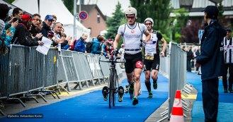 leading runners: Jan van Berkel CH and Ronnie Schildknecht - close together